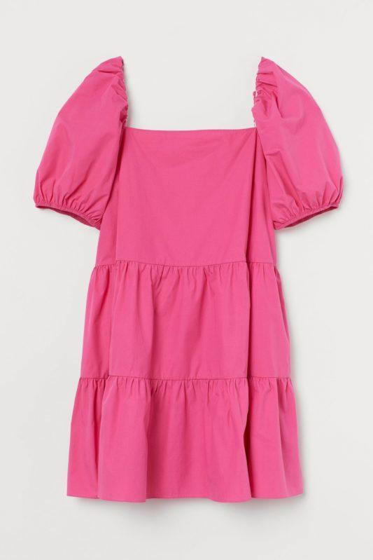 Deze roze jurk van H&M vliegt over de toonbank