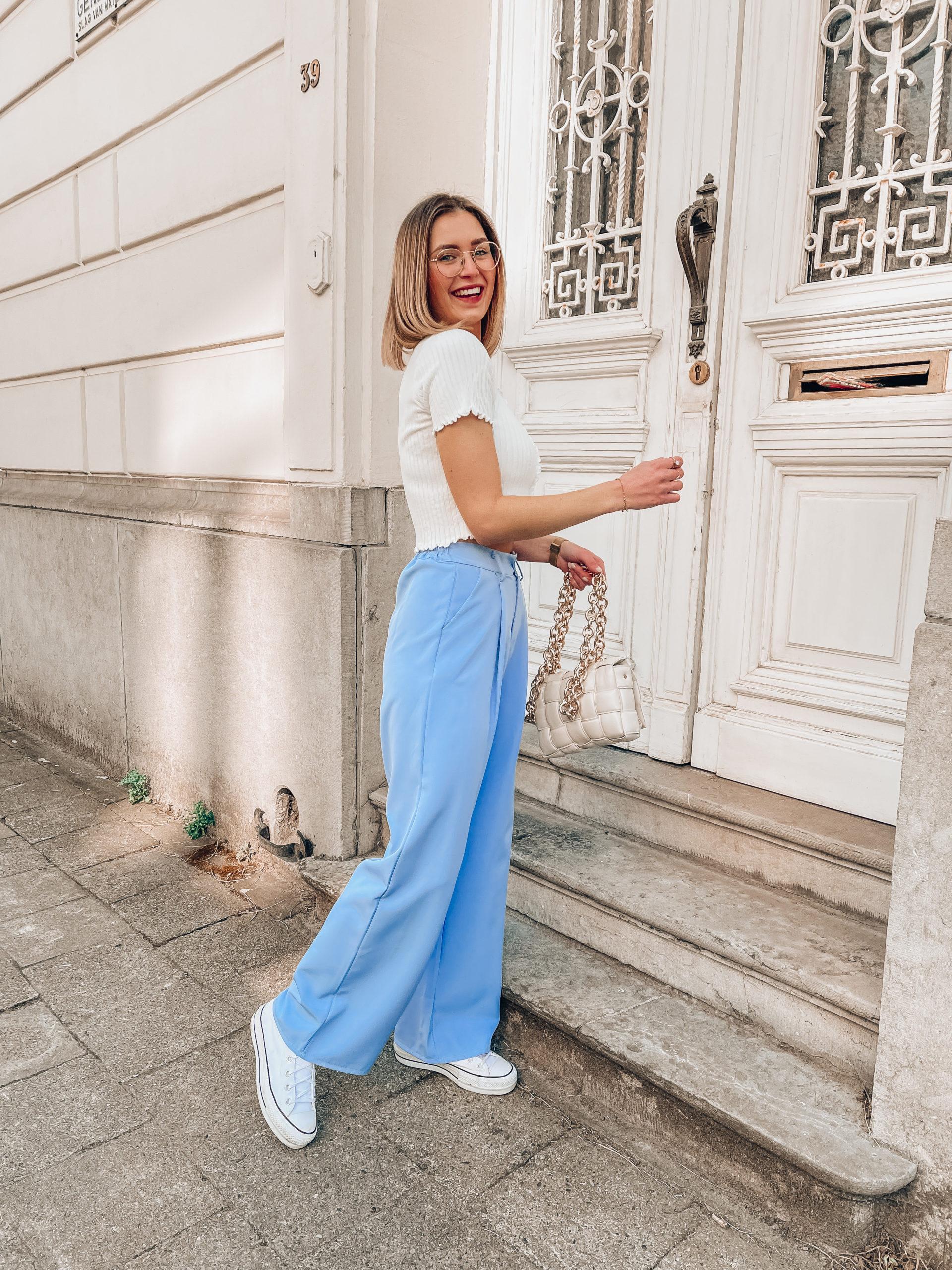 Get the Look: de blauwe pantalon van Kim de Jonghe