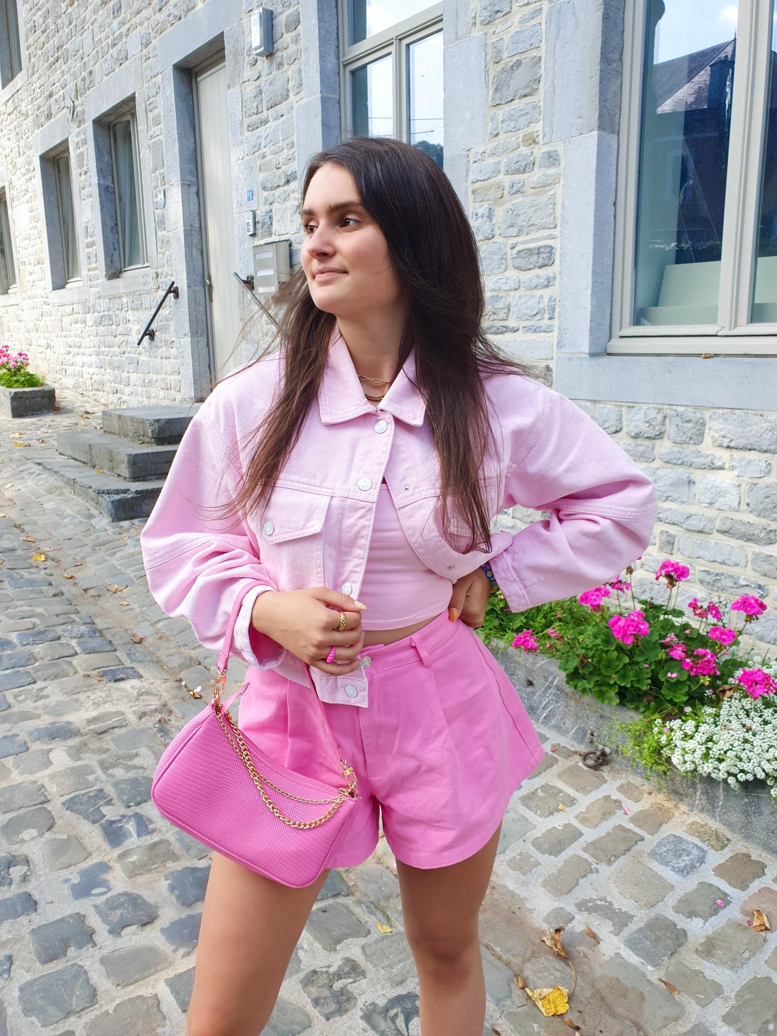 Get the Look: all pink van Larissa